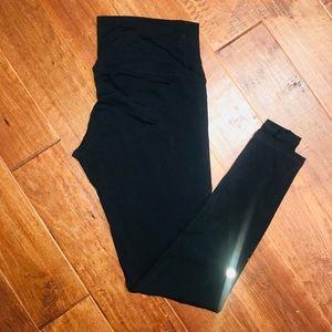 Lululemon solid black leggings